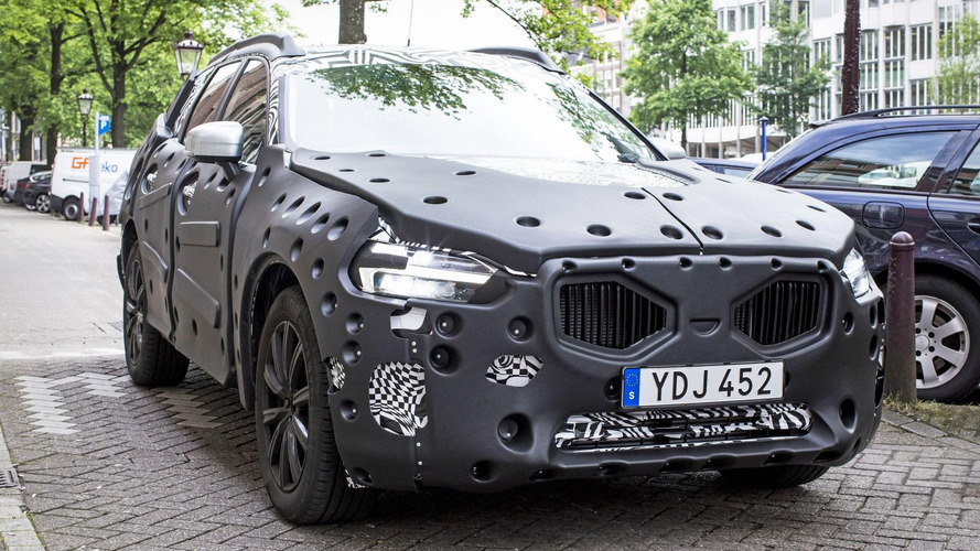 Next Volvo XC60 spied and rendered