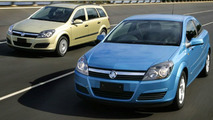 Holden Astra CDX Coupe and Wagon