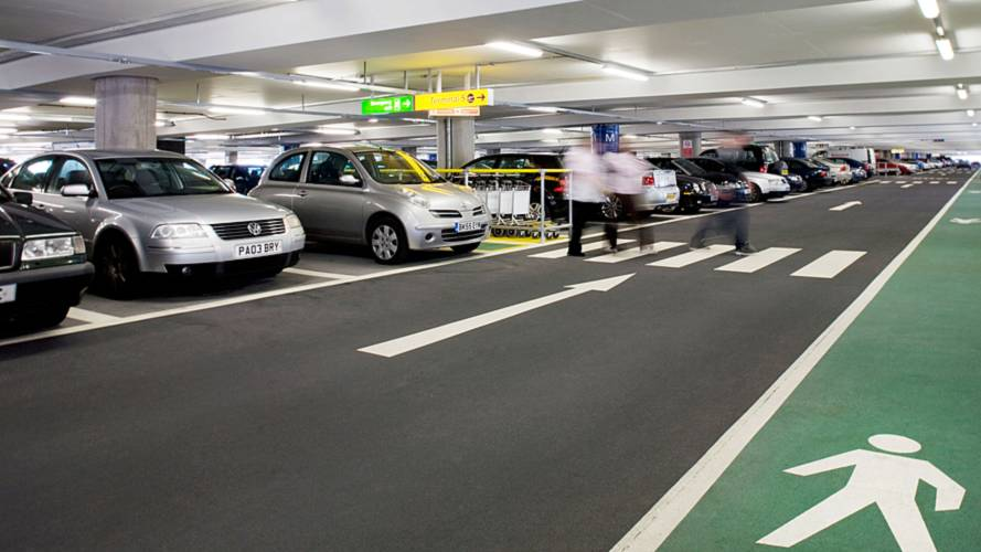 Major UK airports increase pick-up parking charges