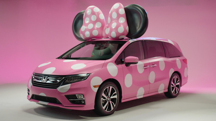 honda creates adorable odyssey minnie van for disney s d23
