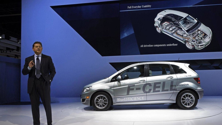 Mercedes-Benz USA chief fired over expense abuses