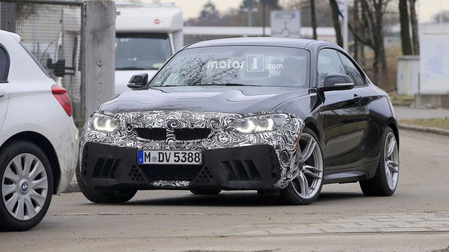 2018 BMW M2 facelift spy photos