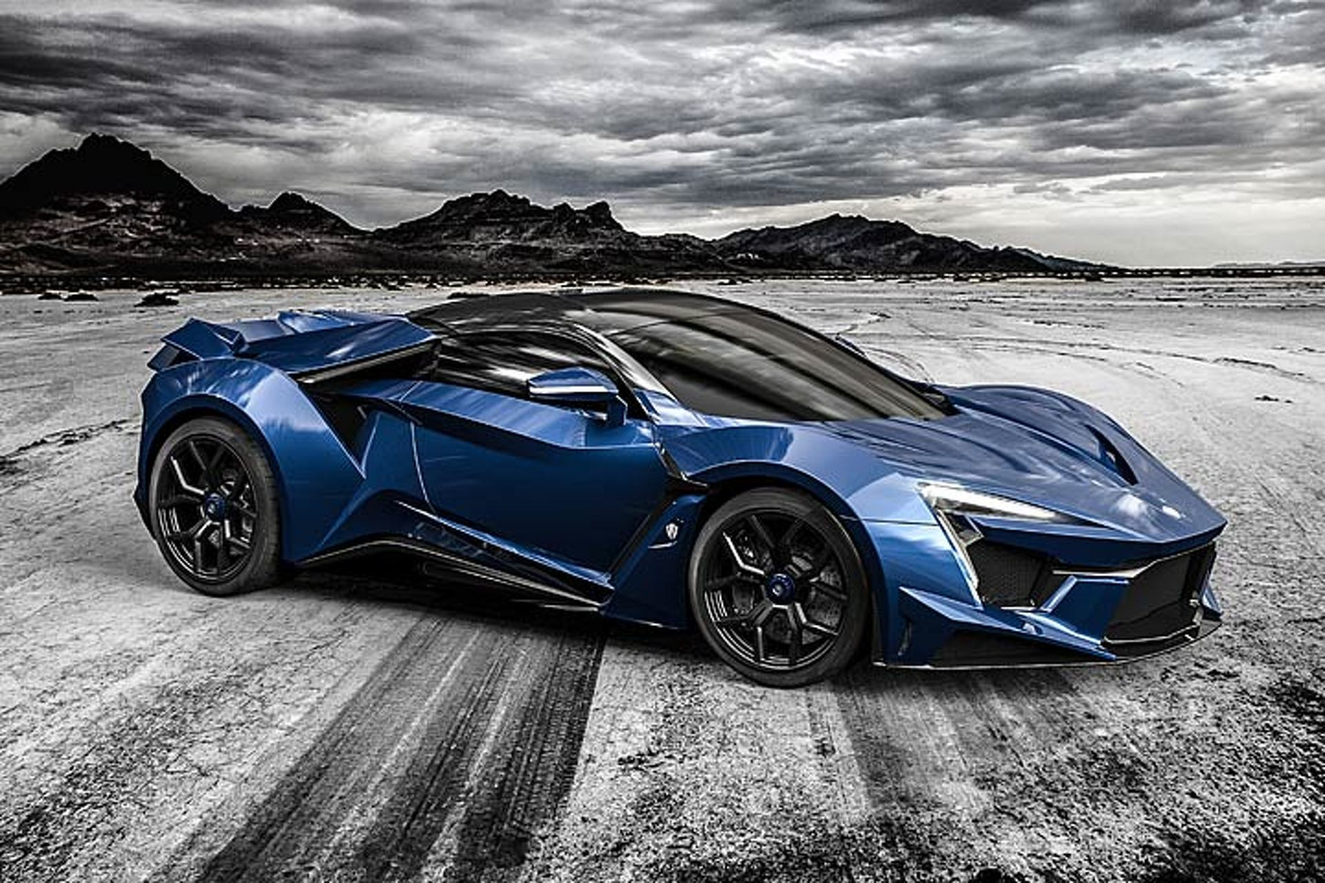 Fenyr SuperSport: Dubai's 900-HP Supercar Has Arrived