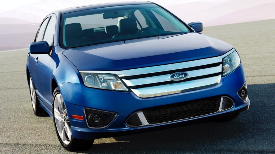 2010 Ford Fusion Facelift Revealed with New Hybrid Engine