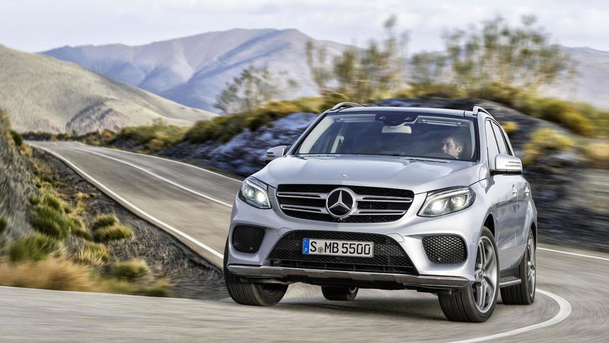 2016 Mercedes-Benz GLE four videos released