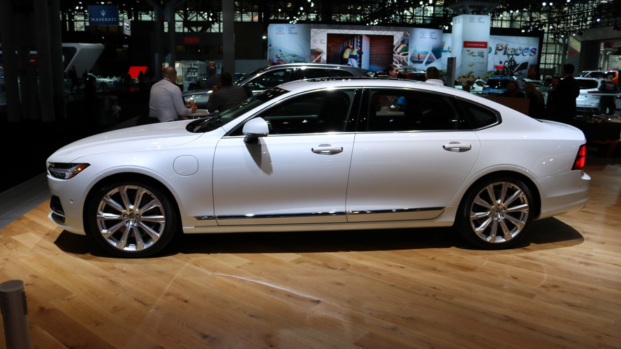 2018 Volvo S90 at 2017 New York Auto Show photo
