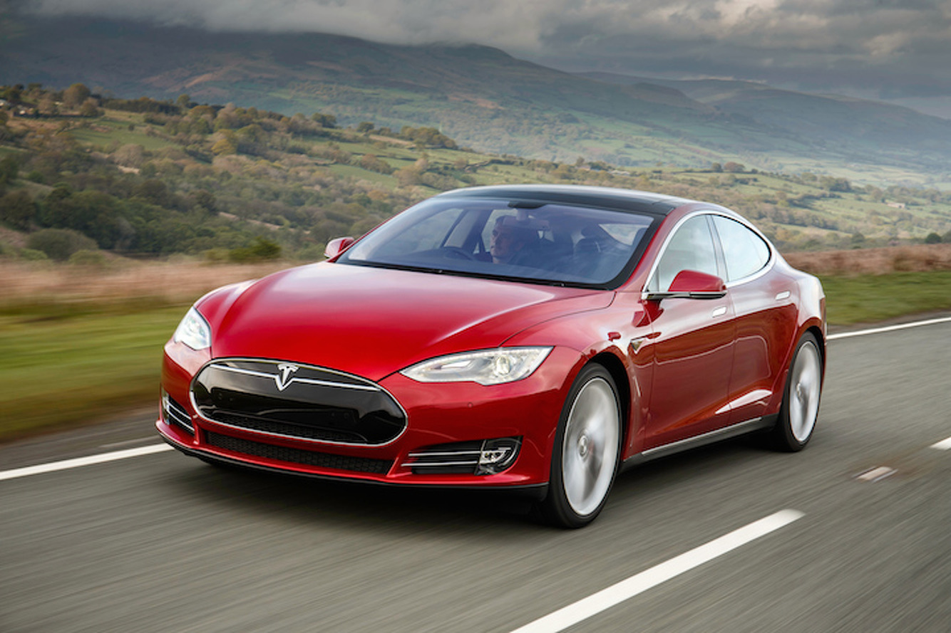 Tesla vs Mercedes: Who Wins in a Drag Race?