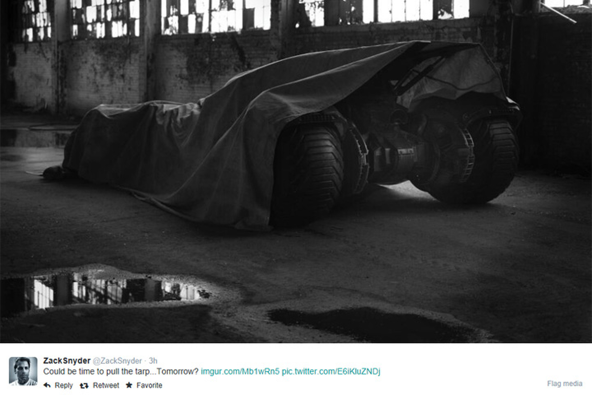 Zach Snyder Teases Next Batmobile