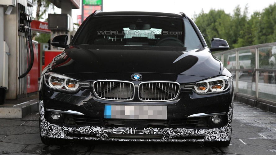 Alpina D3 Bi-Turbo Touring facelift spied on a rainy day