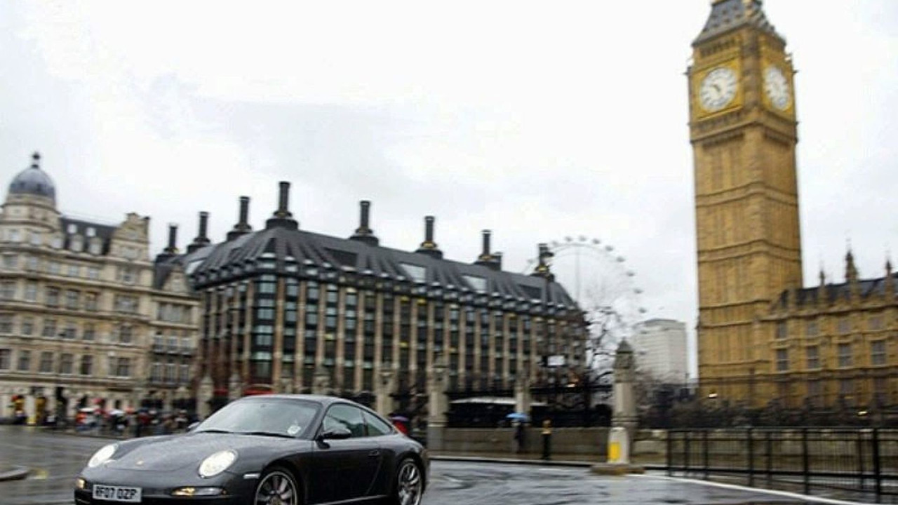 Porsche in Westminster