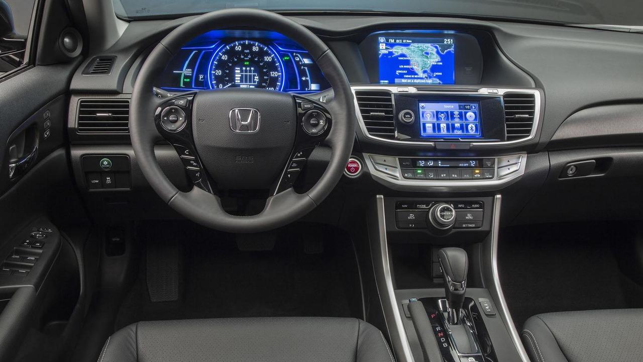 2014 Honda Accord Hybrid 20.6.2013