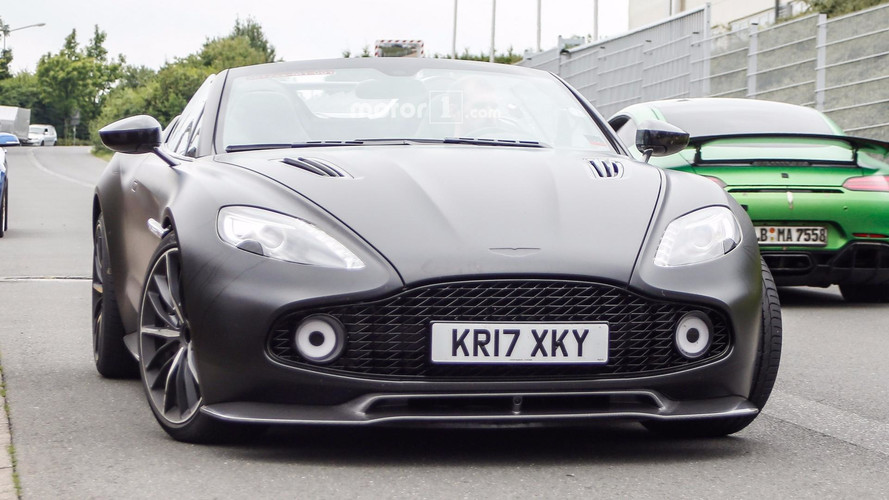 Aston Martin Vanquish Zagato Speedster photos espion