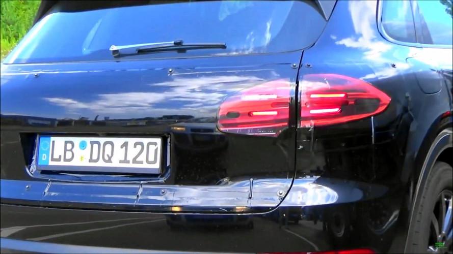 Porsche Cayenne casus video
