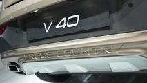 2013 Volvo V40 Cross Country live in Paris 28.9.2012