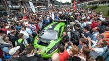 Start öncesi grid, #16 GRT Grasser Racing Team, Lamborghini Huracan GT3: Rolf Ineichen, Jeroen Bleekemolen, Mirko Bortolotti