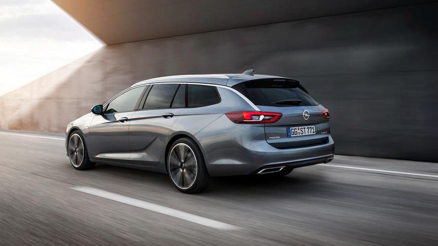 2017 Opel Insignia Sports Tourer'ın fotoğrafları yayınlandı