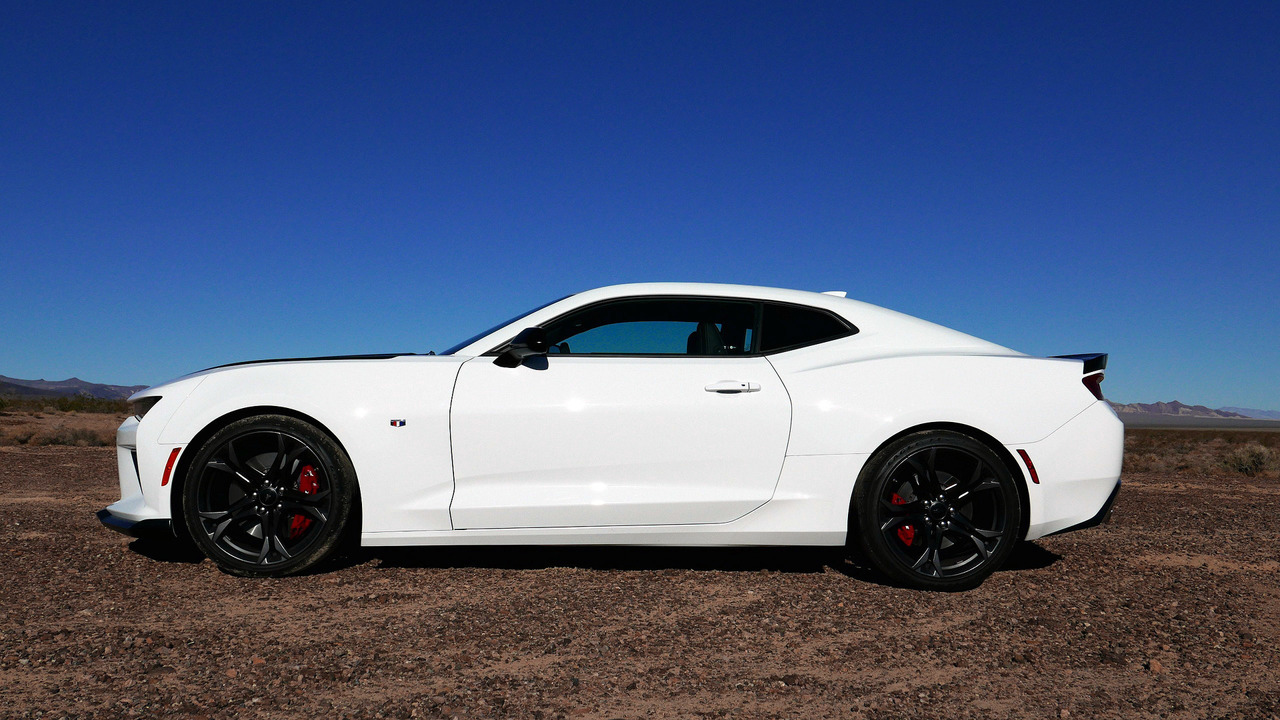 Camaro Gt4r >> 2017 Chevy Camaro 1LE First Drive: Set lap records on a budget