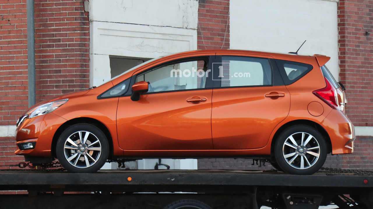 2017 nissan versa note spied undisguised with updated look. Black Bedroom Furniture Sets. Home Design Ideas