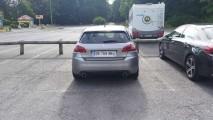 Flagra! Novo Peugeot 308 GTI é visto sem camuflagem