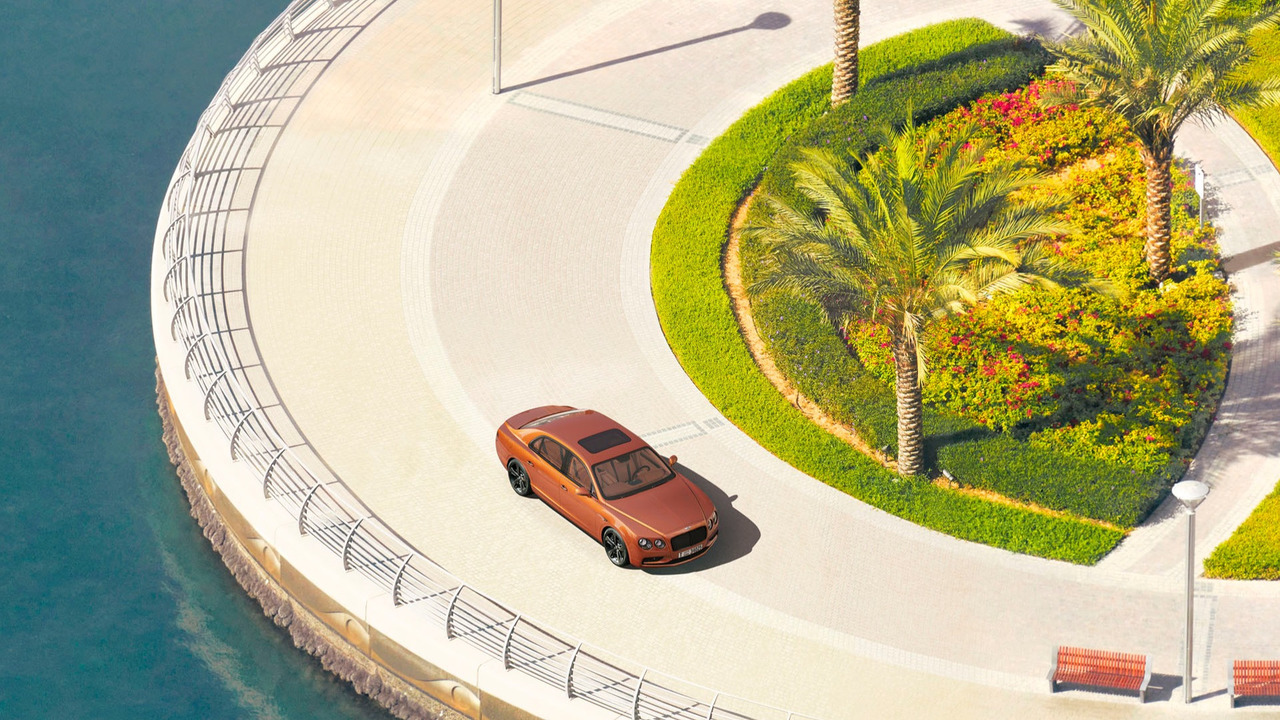 Bentley Flying Spur gigapixel in Dubai