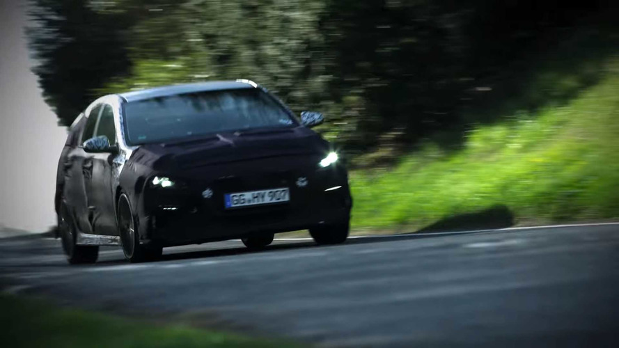 2018 Hyundai i30 N Hot Hatch Tested On UK's Twisty Roads