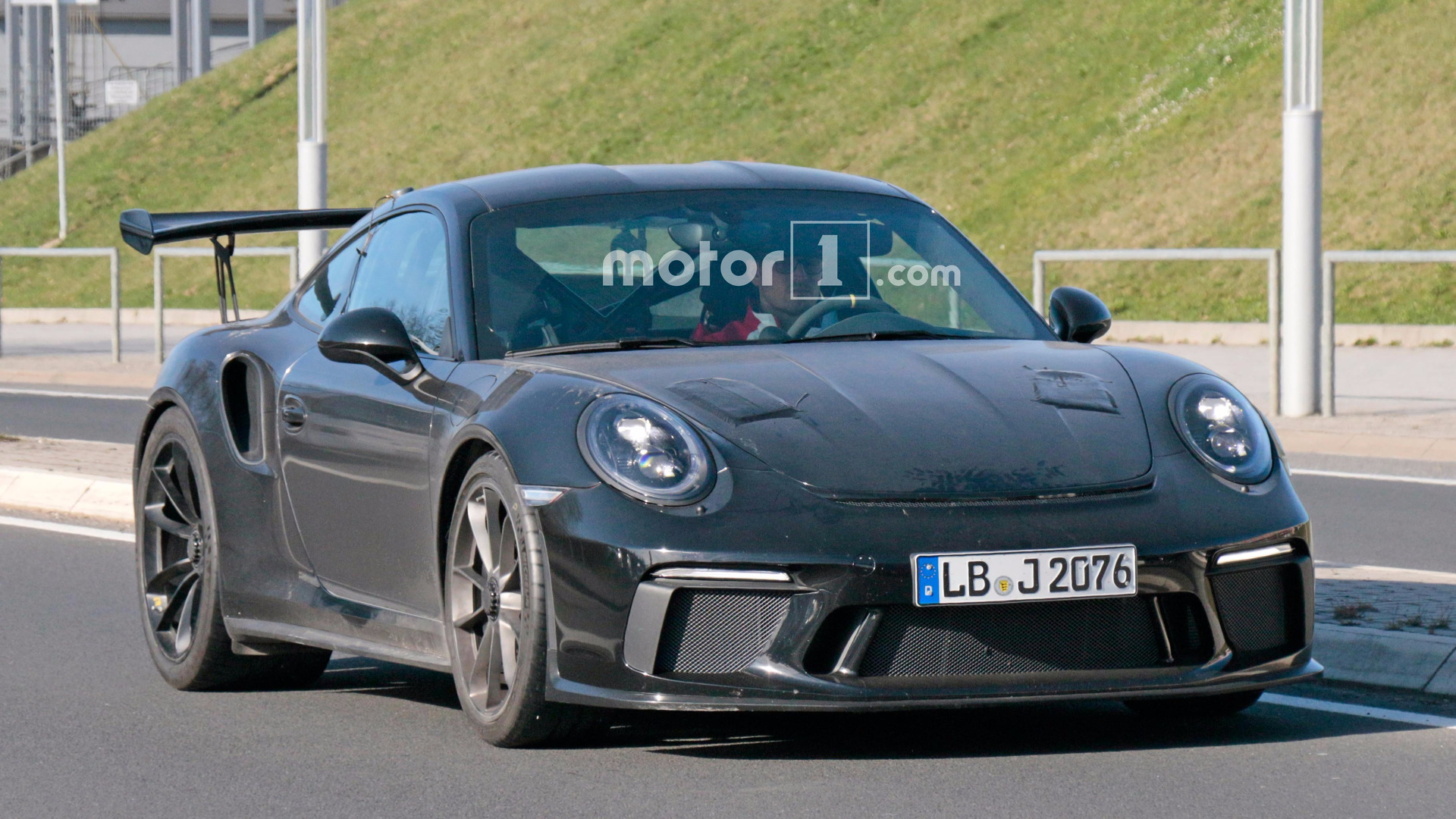 porsche-911-gt3-rs-refresh-spy-pics Outstanding Porsche 911 Gt2 Rs Price In India Cars Trend