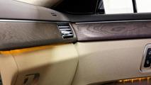 Binz shows off the six-door Mercedes-Benz E-Class facelift