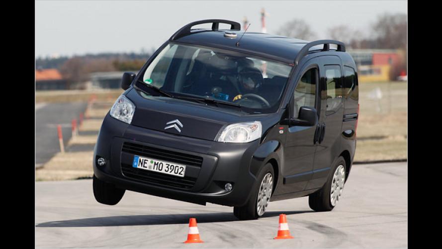 Citroën Nemo kippt beim ADAC-Ausweichtest