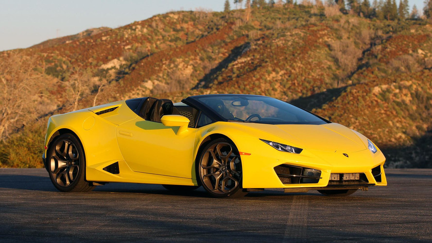 2017 Lamborghini Huracán LP 580-2 Spyder Review: The Gentle Giant