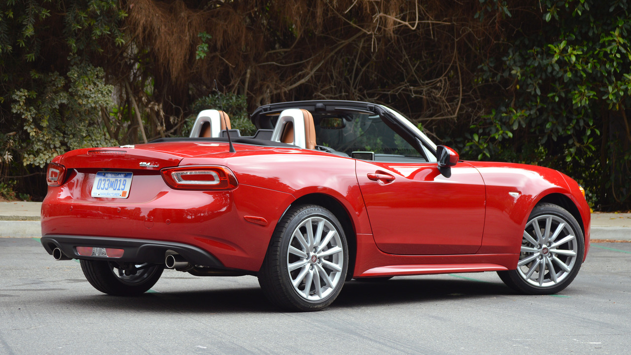 First drive 2017 fiat 124 spider for Fiat 124 spider motor