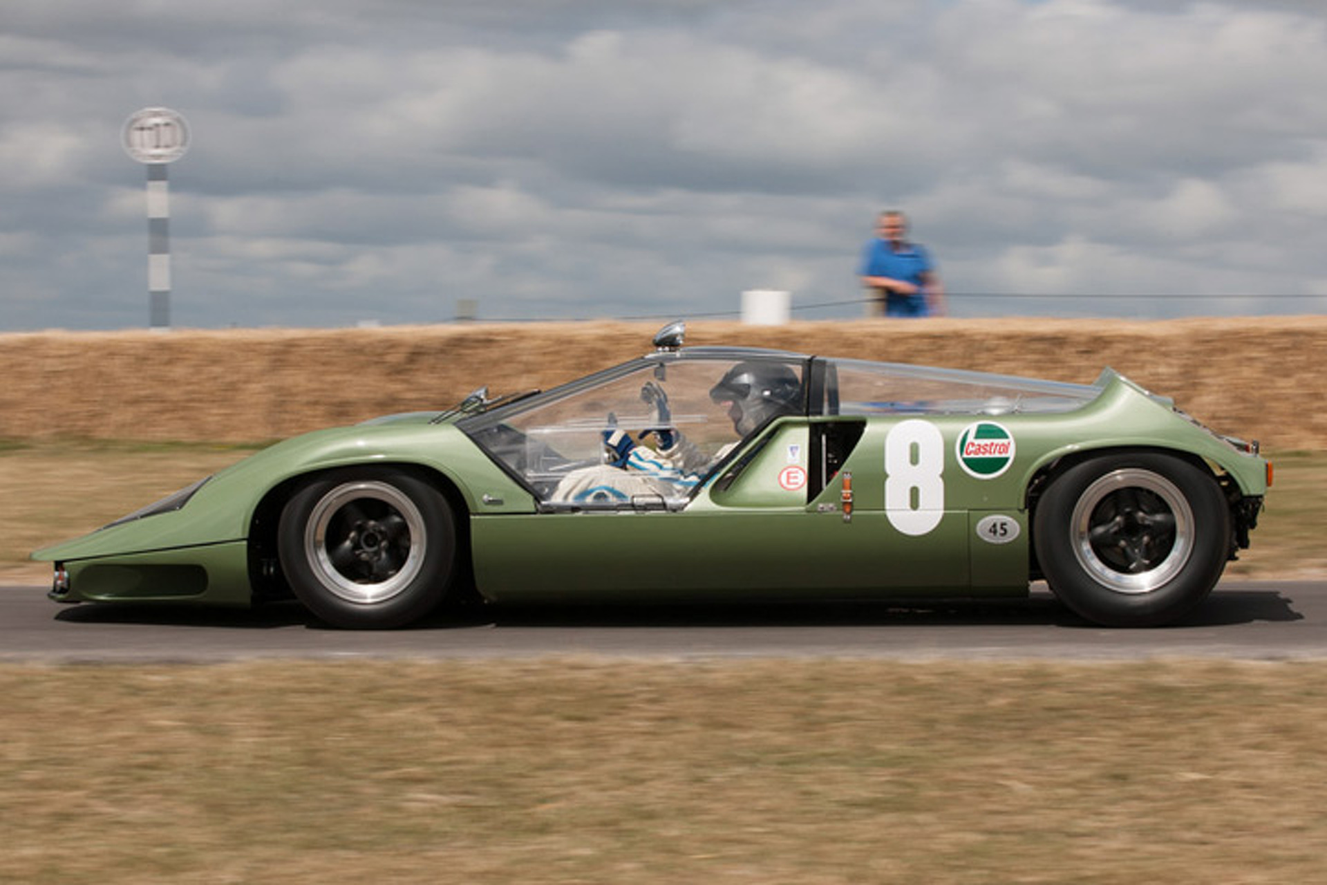 1968 Marcos Mantis Xp A Car That Just Wasnt Meant To Race on car engine drawing