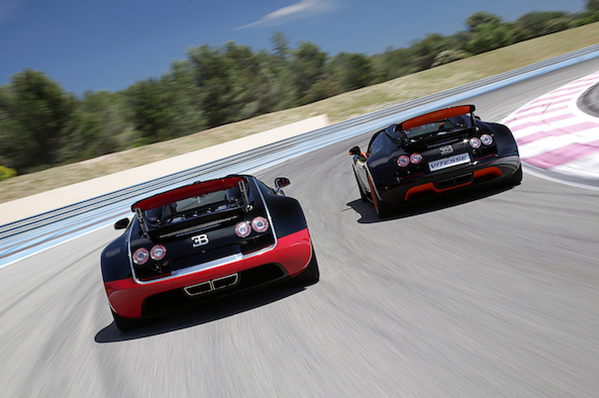 Bugatti Planning Second-Generation Veyron With Even More Power