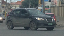 Flagra - Nissan Kicks em versão mais básica