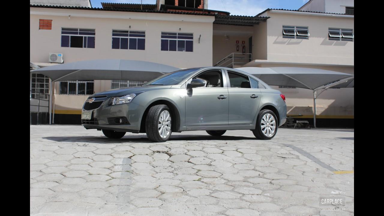 Garagem CARPLACE: Detalhes do visual externo do Chevrolet Cruze