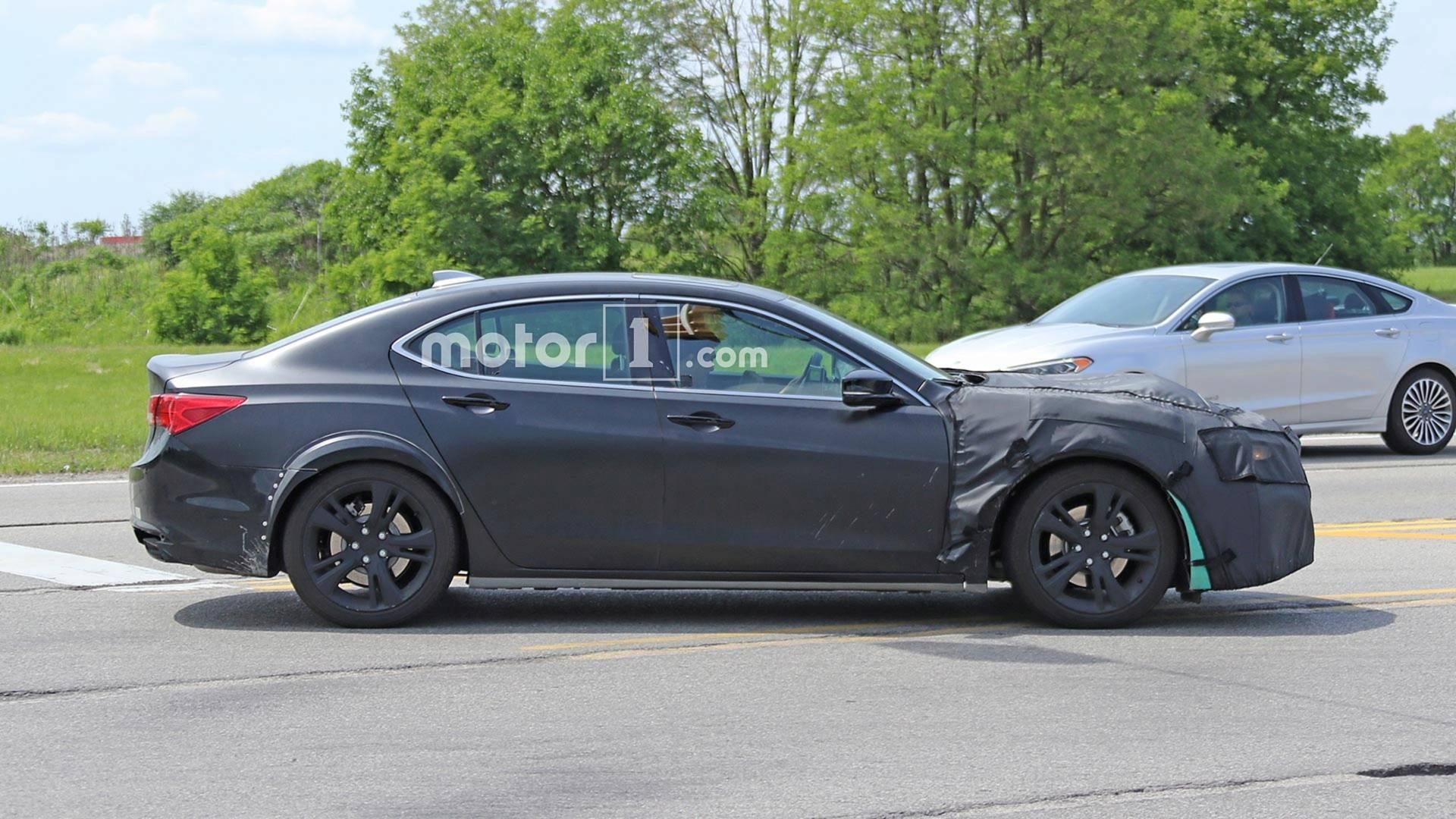 2020 - [Acura] TLX Acura-tlx-based-mule-spy-shots