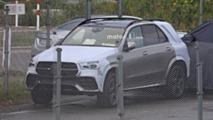 2019 Mercedes GLE almost camo-free spy photos