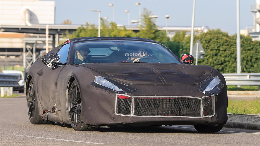 800 bg'lik Ferrari F12 M Cenevre'de görücüye çıkacak