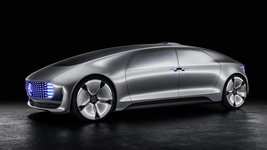 Mercedes-Benz F 015 Luxury in Motion concept shows up in Detroit