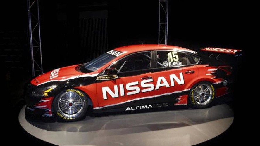 2013 Nissan Altima V8 Supercar unveiled in Australia