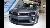 Salão do Automóvel: Chevrolet mostra o Camaro ZL1 Carbon, o mais potente da história