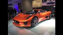 Massa pilota Jaguar C-X75, o supercarro do vilão de 007 Spectre