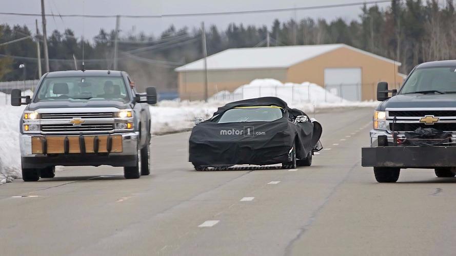 Ortadan motorlu Corvette ve yeni ZR1 birlikte yakalandı