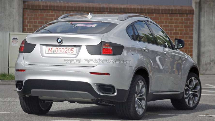 2012 BMW X6 facelift spied with minimal camouflage