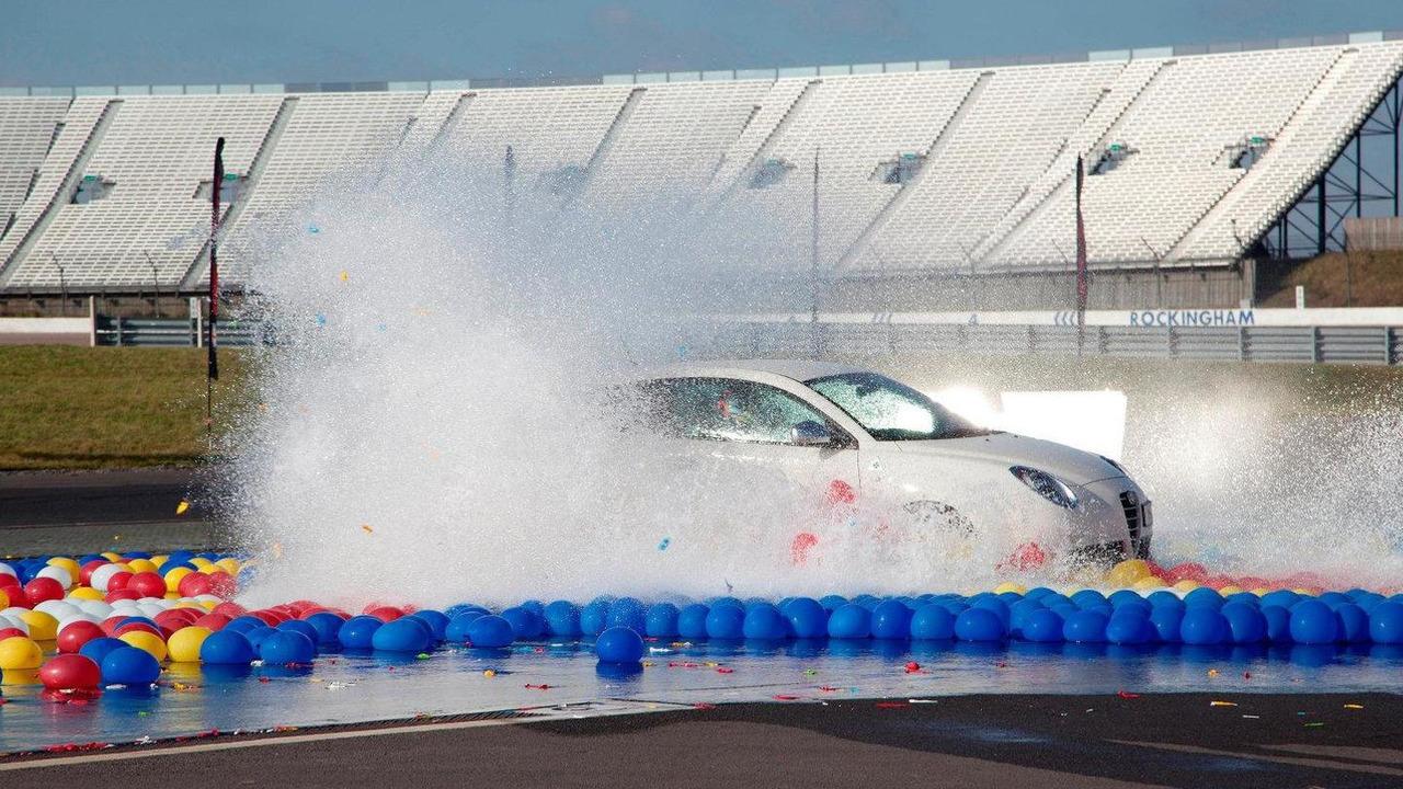 Alfa Romeo MiTo Quadrifoglio Verde in Aquabatic Challenge 06.12.2011