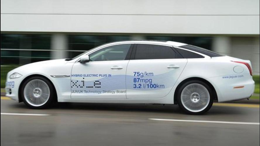 Jaguar XJ_e, un'ibrida al festival della velocità