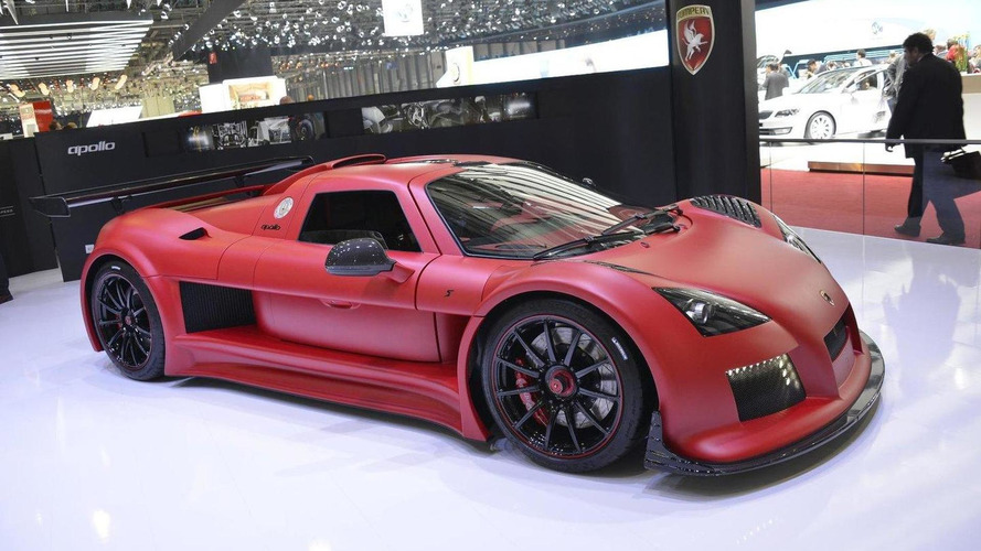 Gumpert Apollo S duo arrives in Geneva