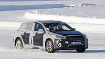 2018 Ford Focus new spy shots