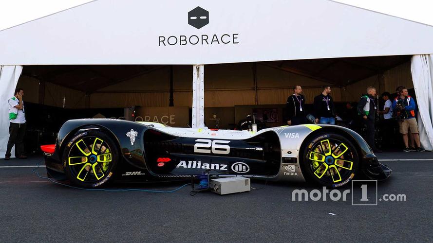 Roborace Car Completes First Public Run At Paris ePrix