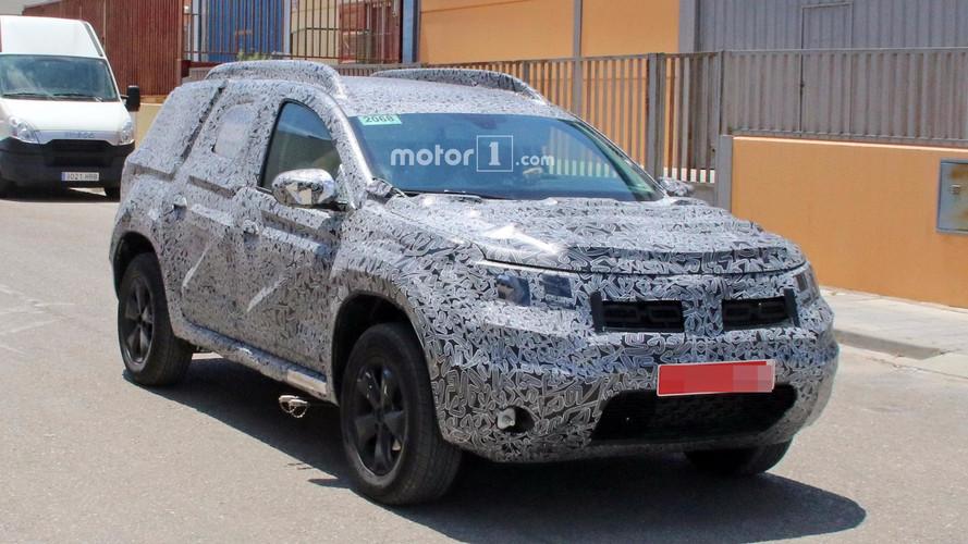 2018 Dacia Duster muhtemel yeni özellikleriyle yakalandı