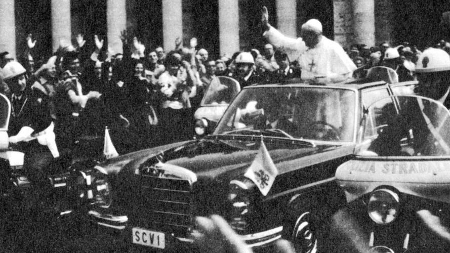 Mercedes Classe M, in 20 anni ha servito anche il Papa